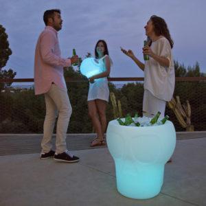 Tavolo Melvin 3in1 Luminoso Porta Bottiglie e Porta Piante